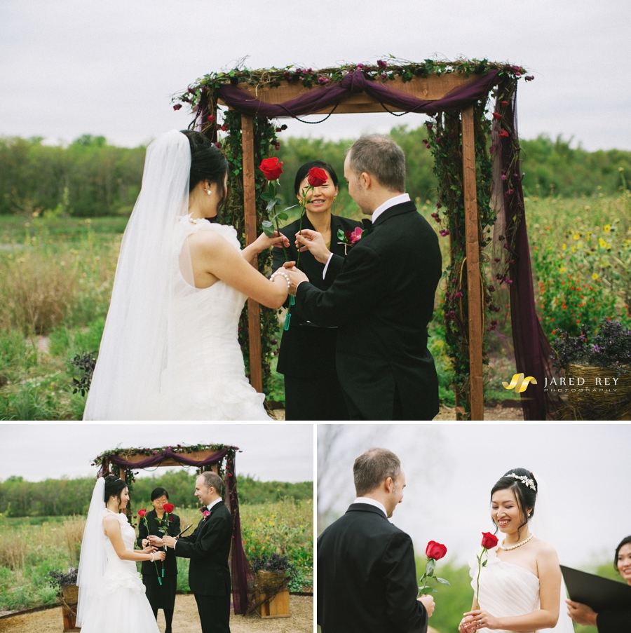 Justin and Stephanie Earl Married at the Trinity River Audubon Center in Dallas (7)