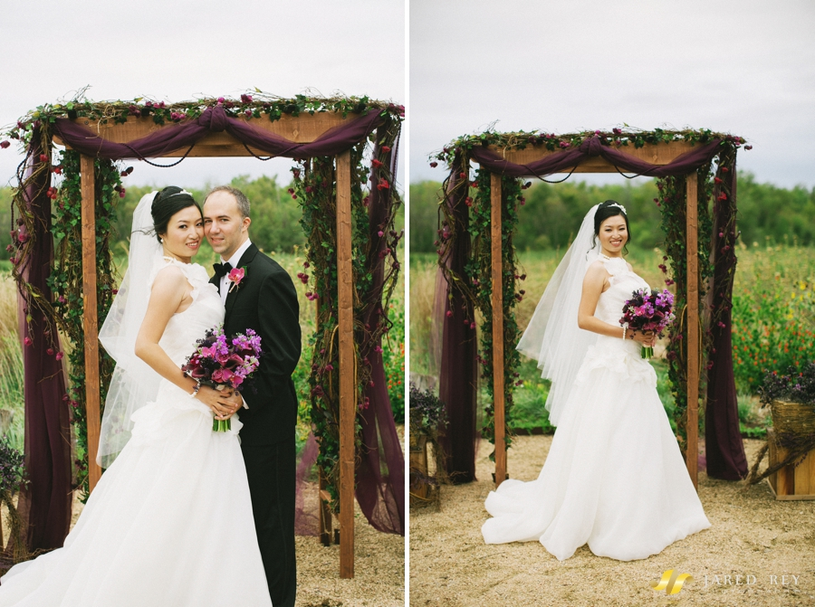 Justin and Stephanie Earl Married at the Trinity River Audubon Center in Dallas (25)